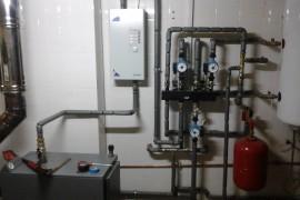 Отопление дровяным и электрическим котлом